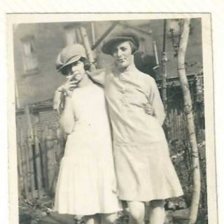 Hilda Clulow (left) with a friend.