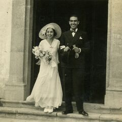Branyas Morera with her husband Joan Moret on marriage day in 1931.