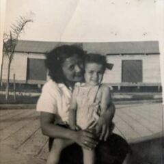 Alvarez with her daughter.
