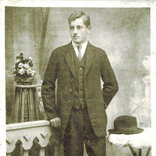 Niko Dragos at the age of 17.