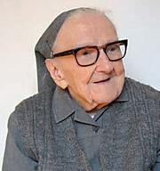 Anna Palarowska (Soeur Bernadetta) 1902-2013