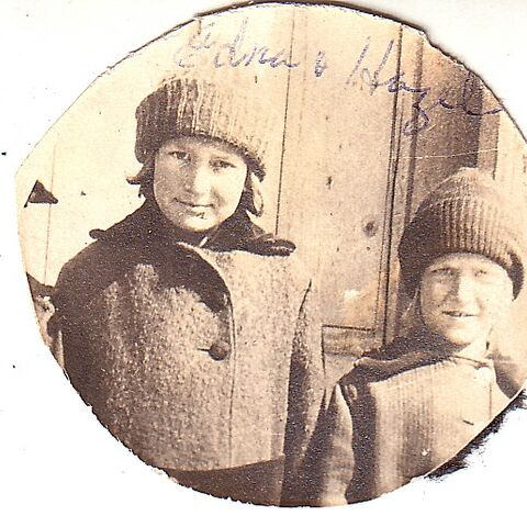 Young (right) with her sister, Edna (left).