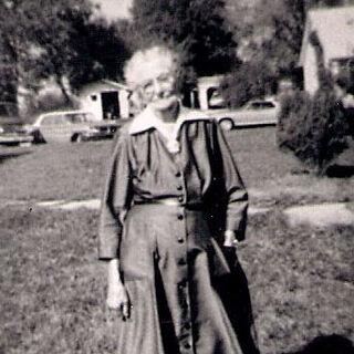 Augusta Holtz at age 100