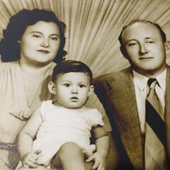 With husband and children: Tete, Maria Mercedes, Jose Isidro, Victor (husband) and Victor Manuel.