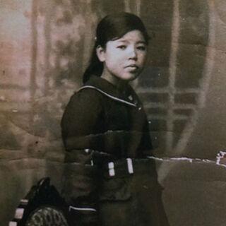 Mineshiba in Sakuraka High School uniform.