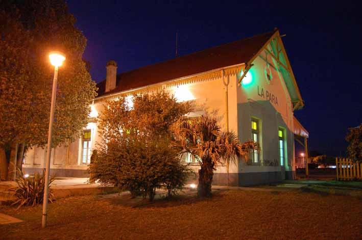Museo Histórico Municipal de La Para de noche