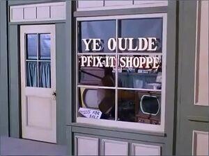 Ye-oulde-pfixit-shoppe