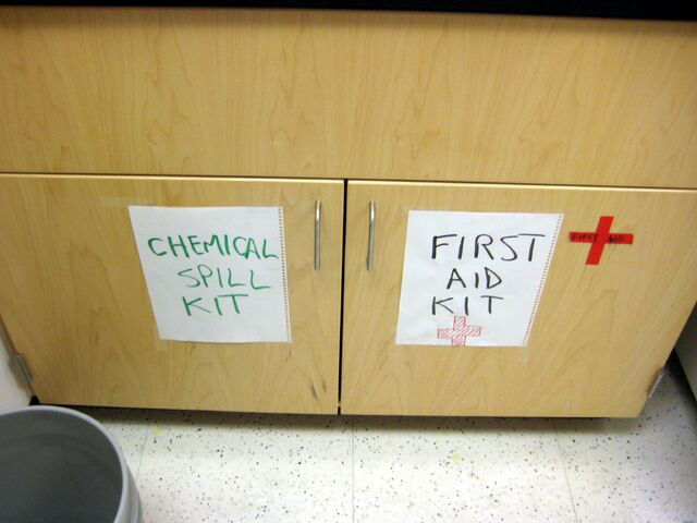 File:Chemical spill and first aid.jpg