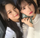 Eunha and Umji Insta Update Jan 25, 2018 (3)