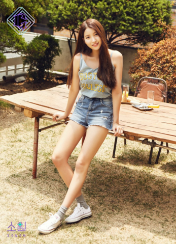 File:Sowon Parallel Promo Picture 1.png