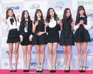 GFRIEND at Seoul Music Awards (SMA) 2016 Red Carpet