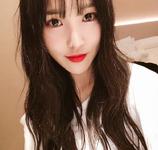 Yuju Insta Update Mar 2, 2018 (3)