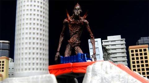 Figma SP-043 Giant God Warrior (A Giant Warrior Descends On Tokyo) Kaiju Figure Review