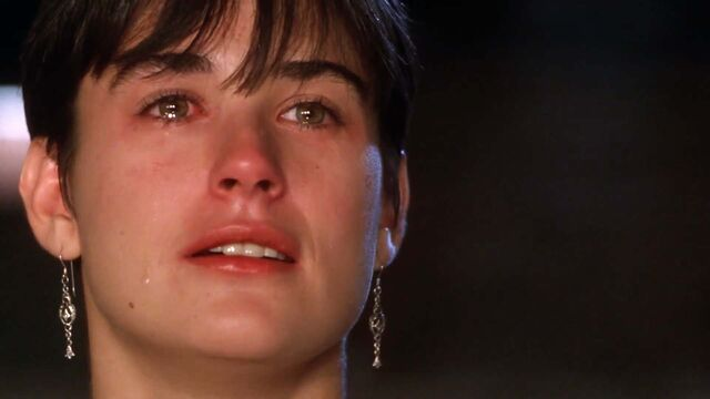 File:Ghost-1990-Molly-Crying (1).jpg