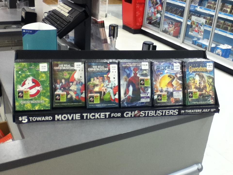 Toys R Us Dvd : Image gb movie ticket offer dvd display toys r us