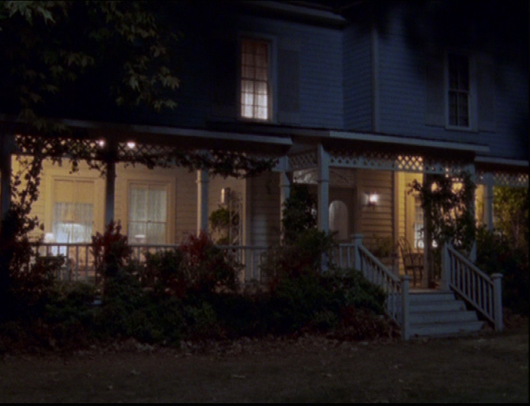 Gilmore Girls House lorelai's house | gilmore girls wiki | fandom poweredwikia