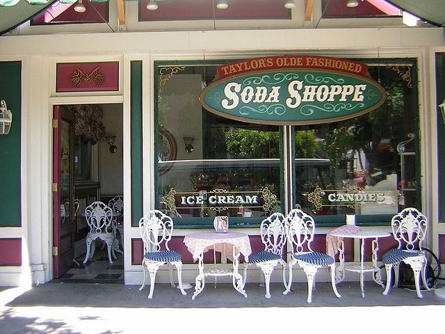 Old fashion soda shop 29