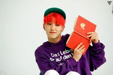 2018 Season's Greetings 5