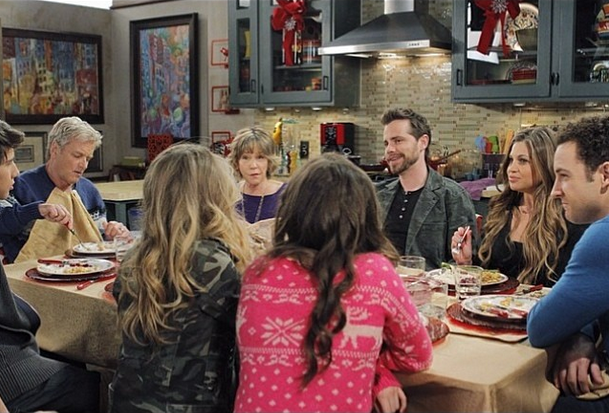 Girl Meets Dwelling-place For The Holidays