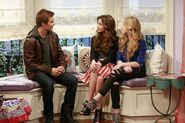 Girl Meets Flaws5