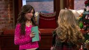 Girl Meets Home for the Holidays7