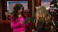Girl Meets Home for the Holidays4