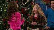 Girl Meets Home for the Holidays8