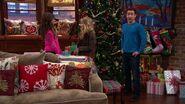 Girl Meets Home for the Holidays19