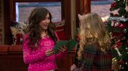 Girl Meets Home for the Holidays5