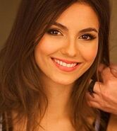 220px-Victoria Justice on Walmart cropped