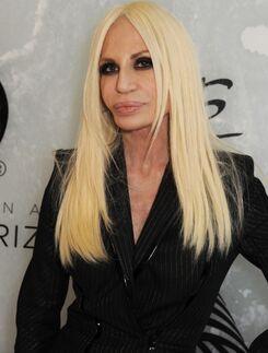 Donatella-Versace-on-Her-Beauty-Secret-Lots-of-Creams-2