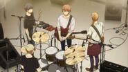 Haruki telling his band members to have fun