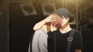 Ritsuka grabbing Mafuyu's head (38)