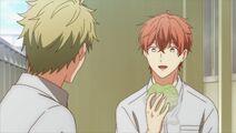 Mafuyu telling Ryuu that he feels much better