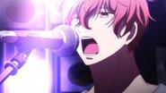 Mafuyu singing (3)