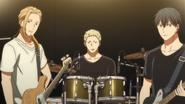 The band looking at Mafuyu (0)