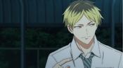 Hiiragi asking Mafuyu which one it is Ep6