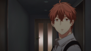 Mafuyu watching Ritsuka walking into the door (19)