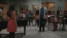 Glee Kitty et Artie sont datant