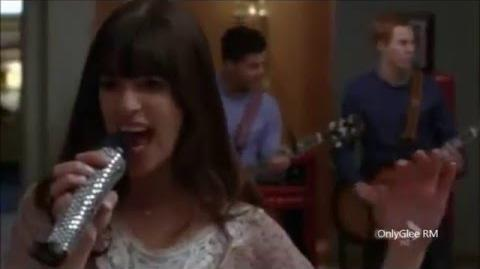 "GLEE ""Go Your Own Way"" (Full Performance) From ""Rumours"""
