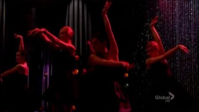 Glee - Rumor has it Someone like you