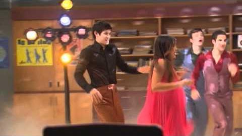 """GLEE - Sneak Peek """"Saturday Night Glee-ver"""""""