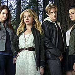 Cast of The Secret Circle