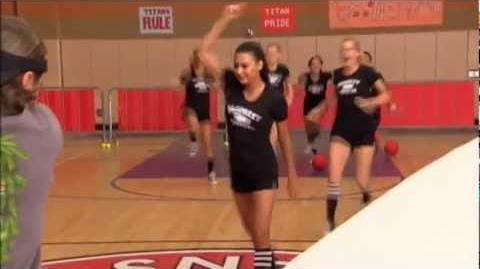 "Glee ""Mash Off Dodgeball War"" Behind The Scenes"