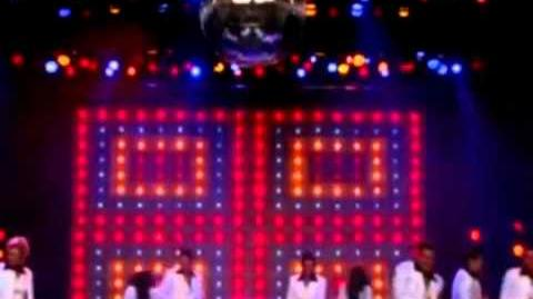 Glee - Stayin' Alive (Full Performance)