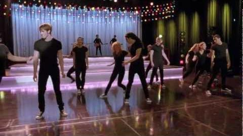 """Full Performance of """"Footloose"""" from """"Girls (and Boys) On Film GLEE"""