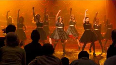 Glee Cast - Stronger (What Doesn't Kill You) + HQ