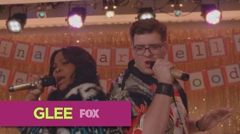 "GLEE Full Performance of ""All About That Bass"" from ""Transitioning"""