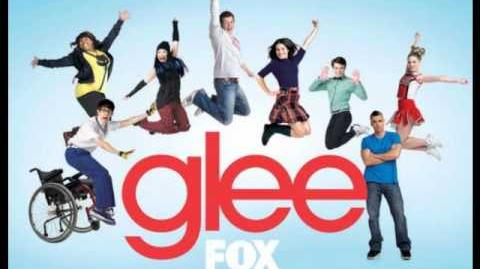Glee (Amber Riley) - I Look To You Full HQ