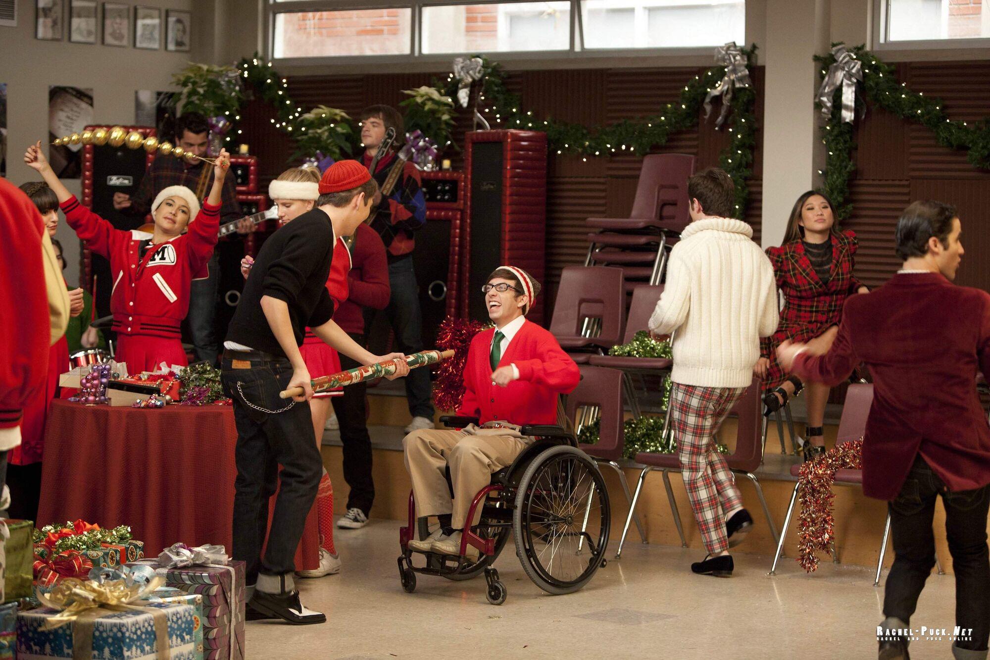 Galaktische Weihnachten | Glee Wiki | FANDOM powered by Wikia
